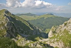 bosnia and herzegovina | Bosnia and Herzegovina has both a Mediterranean and central European ...
