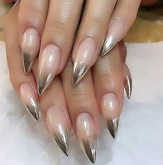 40 Beautiful Long Acrylic Chrome Nails - ILOVE By adding the chrome powder, you can easily turn your acrylic into mirrored chrome nails. Here are some beautiful long chrome nails ideas for you. Pick one and make it now! Chrome Nails Designs, Acrylic Nail Designs, Acrylic Nails, Gel Nail, Nail Polish, Uv Gel, Coffin Nails, Rosen Tattoos Schulter, Crome Nails