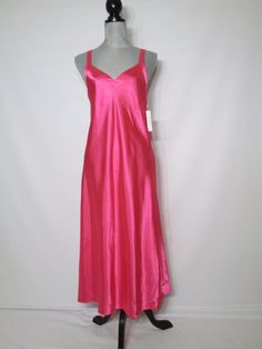 Morgan Taylor Small Gown Long Solid Charmeuse Pink has Store Reticket Tag #MorganTaylor #Gowns