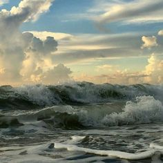 Most Popular aesthetic photography nature water ocean Beautiful World, Beautiful Places, Holy Art, Fuerza Natural, Susanoo, Nature Aesthetic, All Nature, Nature Water, Nature Quotes