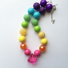 Rainbow Chunky Bubblegum Necklace by Baublesandbowstoo on Etsy https://www.etsy.com/listing/249771164/rainbow-chunky-bubblegum-necklace
