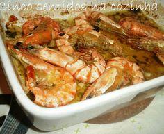Camarão no forno com alho e ervas aromáticas Shrimp, Meat, Html, Food, Pork Stir Fry, Stuffed Pork Loins, Recipes With Shrimp, Fish Recipe Baked, Roasts