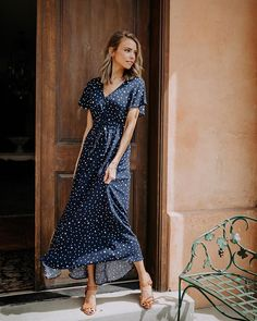 summer womens fashion that look fabulous 359232 Cute Blue Dresses, Polka Dot Summer Dresses, Stylish Outfits, Fashion Outfits, Womens Fashion, Ladies Fashion, Curvy Fashion, Modest Fashion, Work Outfits