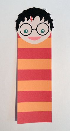 Harry Potter bookmark - I'd also cut the ends frilly to make it resemble a scarf - So cool :)! Harry Potter Bookmark, Harry Potter Wand, Harry Potter Movies, Hogwarts, Harry Potter Broomstick, Harry Potter Classroom, Bookmarks Kids, Book Markers, Stitch Book