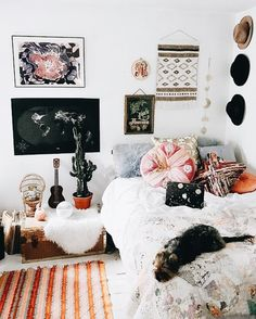 K a t i e 🥀 dorm room walls, room wall decor, room decor boho, Dorm Room Walls, Room Wall Decor, Living Room Decor, Bedroom Decor, Bedroom Ideas, Dorm Rooms, Bedroom Designs, Bedroom Wall, Bed Room