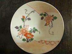 古伊万里金襴手鉄線文姫茶碗(1710年代)