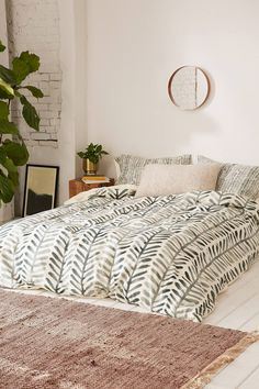 Slide View: 1: Dash And Ash For DENY Herring Duvet Cover