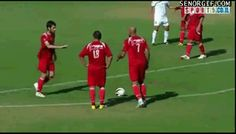 Genius Free Kick by ziggs - A Member of the Internet's Largest Humor Community Funny Baby Images, Funny Pictures For Kids, Funny Kids, Fail Pictures, Soccer Pictures, American Funny Videos, Funny Dog Videos, Humor Videos, Gif Videos