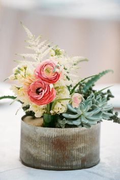low centerpieces for tables