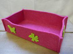 Filzkorb, Pink mit grünen Blüten, 19x6x11 cm (BxHxT), CHF 10.- Sunglasses Case, Pink, Felting, Rose, Hot Pink, Pink Hair