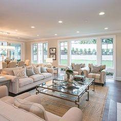 Elegant Large Living Room Layout Ideas For Elegant Look - Modern Big Living Rooms, Small Living Room Design, Elegant Living Room, Living Room Windows, Home Living, Living Room Grey, Living Room Designs, Apartment Living, Modern Living