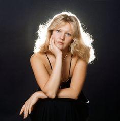 Иним фото российских актрис онлайн онлайн в хорошем hd 1080 качестве фотоография
