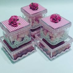 Amazing DIY Decorative Boxes Ideas you will love for sure Home Crafts, Diy And Crafts, Preserved Roses, Candy Bouquet, Candy Table, Wedding Boxes, Preschool Crafts, Party Favors, Decoupage