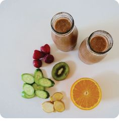Feed your body nourishing nutrients to build a healthy immune system to fight getting sick during flu season.  Get the recipe for our Immune Boosting Smoothie:   #SparkleInspiration #thirstythursdays #immunityhack #dontgetsick #smoothie recipe #collagenpeptides #vitaminC