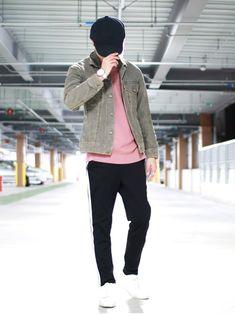 春色のインナー×ラインパンツ×デニムジャケット この組み合わせめちゃくちゃお気に入り🎩👕👖✨✨