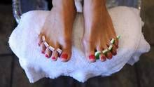 A customers has her nails done at ManiPedi Spa in Toronto on July 11, 2012. (Fred Lum/The Globe and Mail)