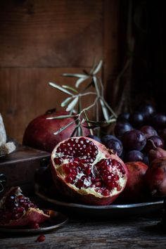 A week in Provence - Forage feast photography workshop - twigg studios - still life photography pomegrante - Fruit Photography, Photography Workshops, Still Life Photography, Portrait Photography, Fashion Photography, Wedding Photography, Underwater Photography, White Photography, Animal Photography