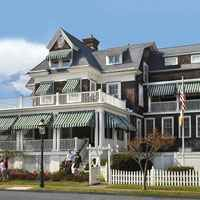 Cape May, New Jersey bed and breakfast: Victorian Lace Inn Victorian Bed, Victorian Style Homes, Cape May Bed And Breakfast, Pine Floors, House Landscape, Floor To Ceiling Windows, Beach Town, New Jersey, Cottage