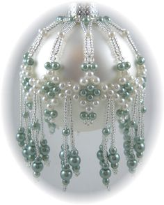 love the colors together and the pearls