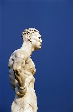 Sculpture of an athlete, Foro italico, stadio dei marmi, EUR, Rome Greek Statues, Art Sculpture, Roman Sculpture, Michelangelo Sculpture, Clay Sculptures, Art Of Man, Oeuvre D'art, Art History, Sculpting
