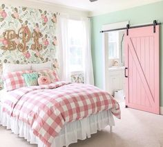 Girls Bedroom Ideas & Tween Bedroom Ideas & Bedroom Decor Farmhouse Chic & Light Pink & Mint Green & Floral Wallpaper & Sliding Barn Door & Checkered Quilt & & The post New House: Girls Bedroom Ideas appeared first on Trendy. Big Girl Bedrooms, Little Girl Rooms, Girls Pink Bedroom Ideas, Mint Girls Room, Pink Girl Rooms, Bedroom Ideas For Tweens, Country Girl Bedroom, Toddler Girl Rooms, Modern Girls Rooms