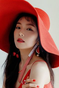 Red Velvet 'The Red Summer' iTunes Digital Booklet Seulgi, Kpop Girl Groups, Kpop Girls, Korean Girl, Asian Girl, Korean Face, Red Velvet Photoshoot, Peek A Boo, Park Sooyoung