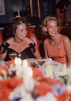 Beautiful Joan Kennedy with her sister-in-law Ethel
