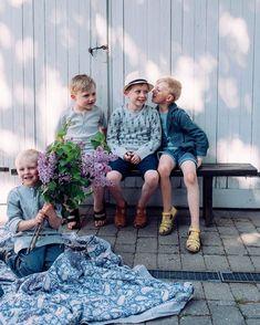 Sommarbarn och de finaste mjukaste barnkläderna från @okkergokker finns nu på www.thinkorganic.se  Använd kod think50 så får ni fantastisk rabatt på sommarkläder hela 50% rabatt! #hållbartmode #giftfritt #eko #barnkläder #kläder #thinkorganicse