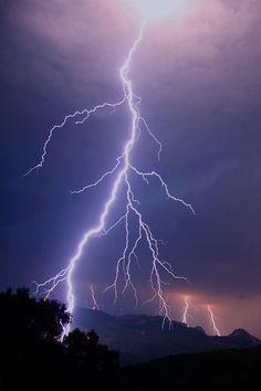 Lightning ▲ :3