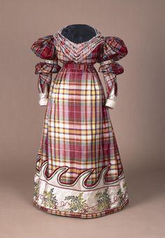 Historical fashion and costume design. 1800s Fashion, 19th Century Fashion, Victorian Fashion, Vintage Fashion, Vintage Outfits, Vintage Dresses, Historical Costume, Historical Clothing, Period Outfit