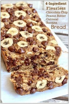 Flourless Chocolate Chip Bananenbrot - Best Picture For Keto Snacks for be Oatmeal Banana Bread, Chocolate Chip Banana Bread, Chocolate Chips, Banana Oat Muffins, Dove Chocolate, Baked Oatmeal Cups, Chocolate Cake, Banana Oat Cookies, Baked Oatmeal Recipes