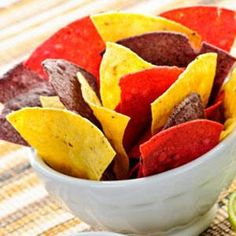 Beyond Simple Chips Buy decent tortilla chips; sprinkle with lime juice and chili powder. Eat fast, before they get soggy. Easy Appetizer Recipes, Snack Recipes, Snacks, Holiday Appetizers, Party Appetizers, Eating Fast, Tortilla Chips, Sweet Potato, A Food