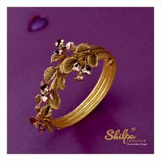 Bloom in the floral uniqueness! More gorgeous design! Gold Bangles Design, Gold Earrings Designs, Gold Jewellery Design, Gold Jewelry, Jewelry Bracelets, Gold Necklace, Necklace Designs, Ring Designs, Jewlery
