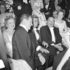President Kennedy at Inaugural Ball Best Us Presidents, John Fitzgerald, New President, John F Kennedy, Heart And Mind, South Pacific, Jfk, Thriller, Illinois