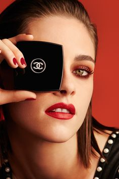 Chanel Le Rouge: Lucia Pica's Debut Collection  Kristen Stewart Chanel (Vogue.co.uk)