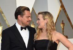 As maiores estrelas do mundo desfilam na passadeira vermelha dos Óscares | SAPO Mag