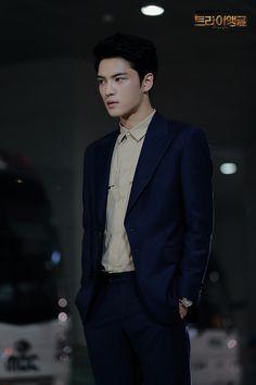 Listen to every Jaejoong track @ Iomoio Emergency Couple, A Werewolf Boy, Kim Jae Joong, Handsome Actors, Jaejoong, Ji Chang Wook, Jyj, Tvxq, Korean Model