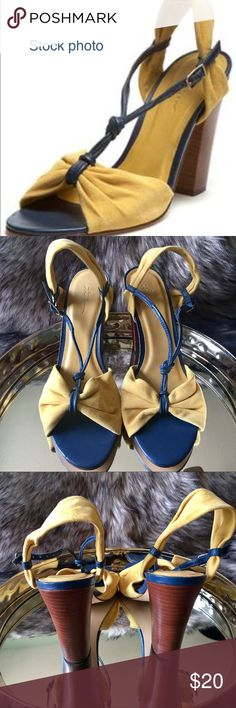 """LL Bean Chunky Heels LLBean 4 1/4"""" Chunky Stacked Heels Yellow & Navy Size 9  These are a tiny bit big on me lengthwise. I normally wear 8 1/2 to 9. L.L. Bean Shoes Heels"""