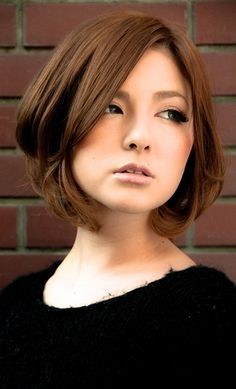 Pin on ボブスタイル Pin on ボブスタイル Short Haircut Styles, Short Hairstyles For Women, Kawaii Hairstyles, Pretty Hairstyles, Melena Bob, Jennifer Aniston Hair, Chin Length Hair, Medium Hair Styles, Long Hair Styles