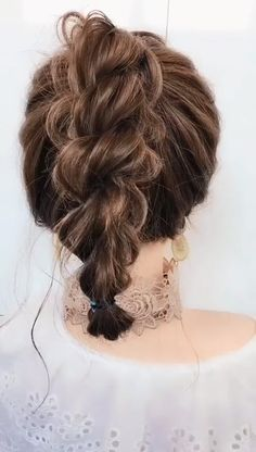 # Braids videos frisuren Hairstyle for short hair Medium Hair Styles, Curly Hair Styles, Natural Hair Styles, Hair Medium, Natural Beauty, Medium Blonde, Medium Brown, Organic Beauty, Easy Hairstyles For Long Hair