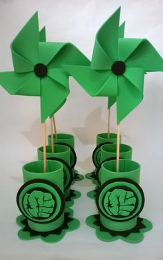 lembrancinha do hulk simples Hulk Birthday Parties, Leo Birthday, Birthday Party Decorations, Hulk Party, Superhero Party, Hulk Smash, Ideas Para Fiestas, Party Time, The Incredibles