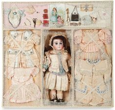"""The Lifelong Collection of Berta Leon Hackney: 362 Sonneberg Bisque Doll by William Dehler in Well-Fitted Presentation Box for """"Gabrielle"""" Tiny Dolls, Old Dolls, Antique Dolls, Vintage Dolls, Dollhouse Dolls, Miniature Dolls, Victorian Toys, Victorian Christmas, Doll Display"""