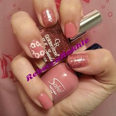 Pink Flower Nails using Sabel #34 and Golden rose-Jolly Jewels #104