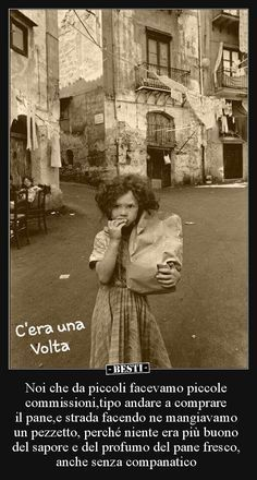 Noi che da piccoli facevamo piccole commissioni,tipo..   BESTI.it - immagini divertenti, foto, barzellette, video Vintage Postcards, Vintage Photos, Italian Words, Vintage Italy, Life Is Hard, Animals And Pets, Mother Teresa, Retro, The Past