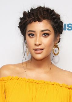 Shay Mitchell | The Best Celebrity Braid Hairstyles of ALL time | Hair Ideas