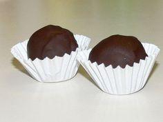 Rum kuglice - Kuhinja i Recepti Posne Torte, Dessert Recipes, Desserts, Recipe Collection, Chocolate Recipes, Truffles, Rum, Great Recipes, Muffin
