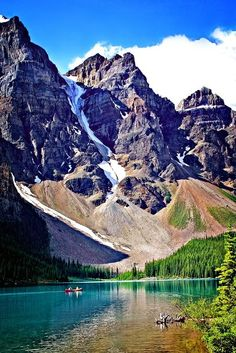 Moraine Lake, Banff National Park, Kanada  #Praktika | Projekte | #Freiwilligenabeit in Kanada unter www.academical-travels.de