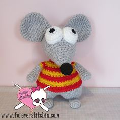 """Toopy the Mouse from Toopy and Binoo Cartoons - Free Amigurumi Pattern - PDF Format - Click to """"download"""" here: http://www.ravelry.com/patterns/library/toopy-2"""