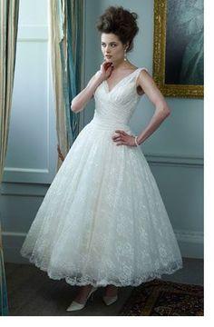 0c13e4ce431f3 New V-neck White Ivory Lace Tea Length Wedding Dress Stock Size 6 8 10 12  14 16