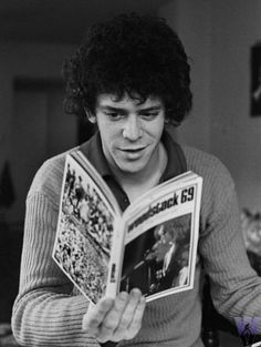 Young Lou Reed caught reading a book
